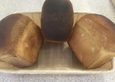 fresh-white-bread-loaves
